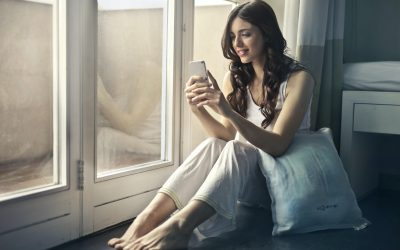Girls, 5 Quick Tips To Guard Yourself On Social Media